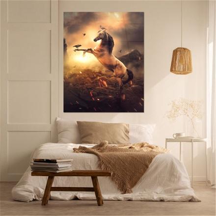 Golden Horce